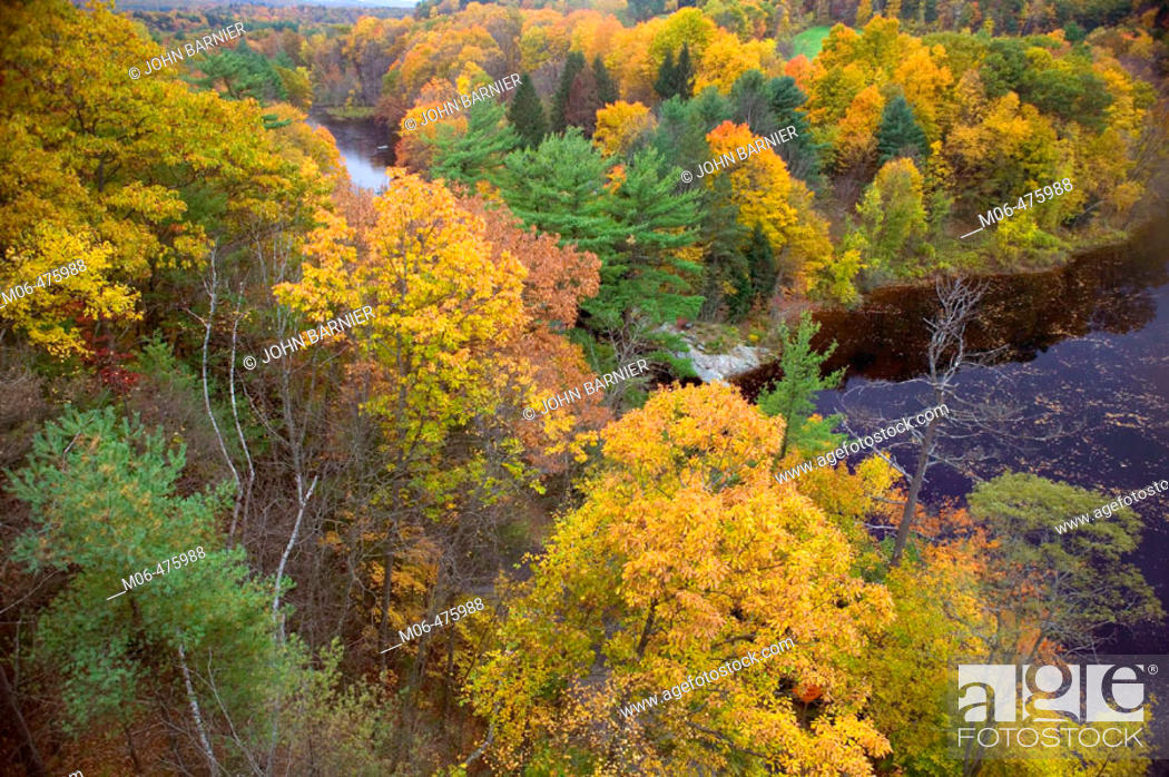 Stock Photo: A view of the Autumn landscape on the Connecticut River in Western Massachusetts.