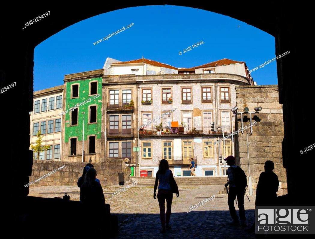 Stock Photo: Travessa de S. Sebastião, Calçada Vandoma, near Cathedral, Terreiro da Se, Porto, Portugal, Europe.