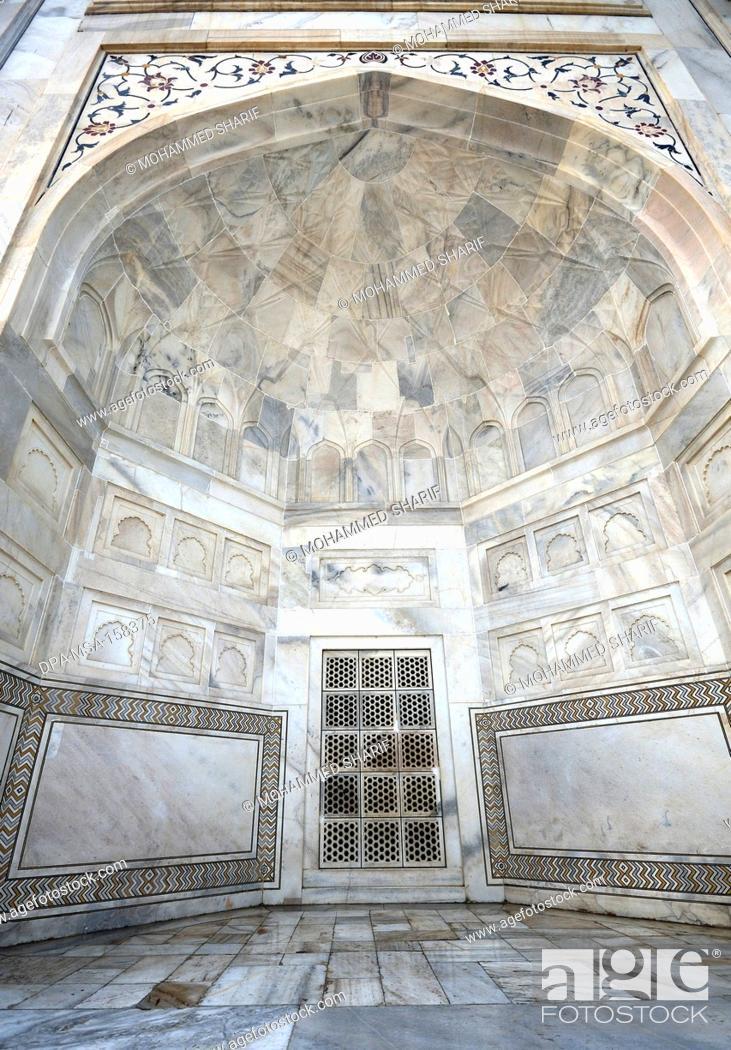 White marble stone work in Taj Mahal
