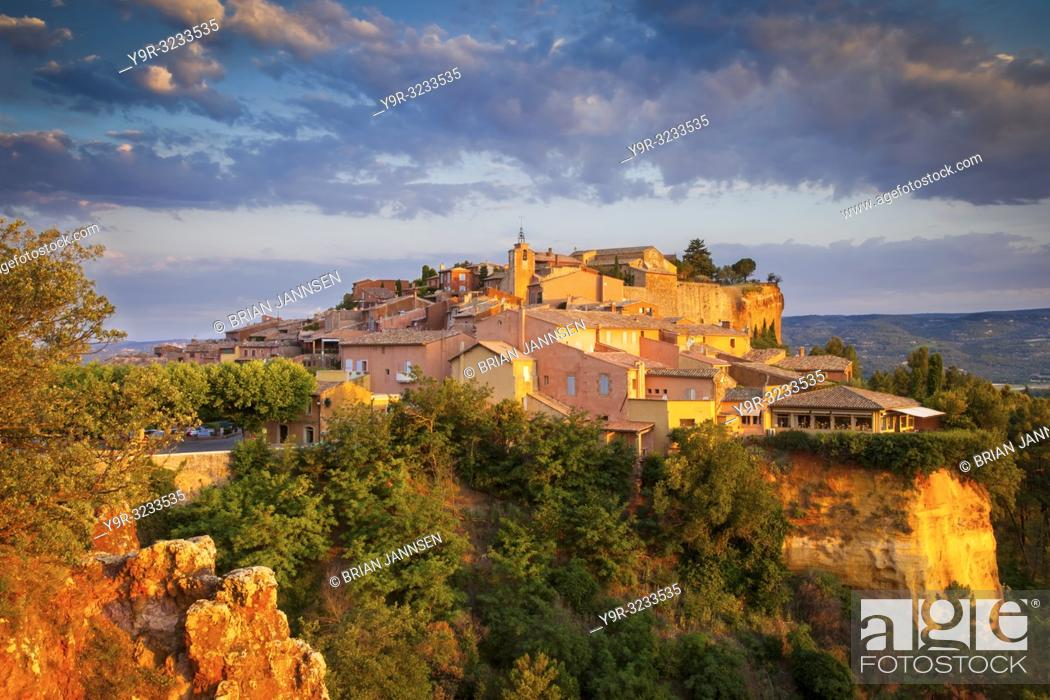 Stock Photo: Sunrise over hilltop village of Roussillon in the Luberon, Provence France.