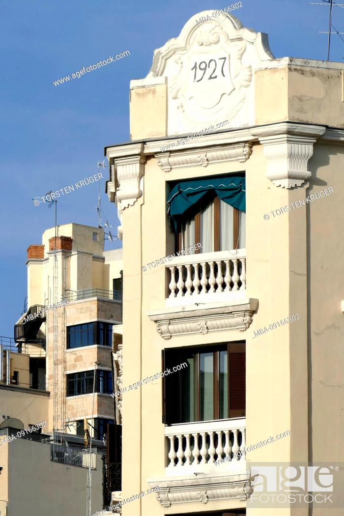 Photo de stock: Historical house facade at the Plaza Isabel II, Centum, Old Town, Madrid, Spain, Europe.