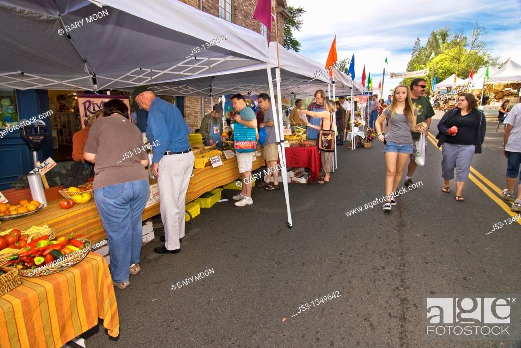 Stock Photo: Farmers' market, downtown Nevada City, California.
