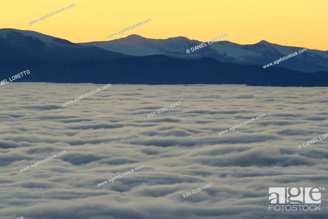 Stock Photo: Sonnenuntergang in den Alpen.