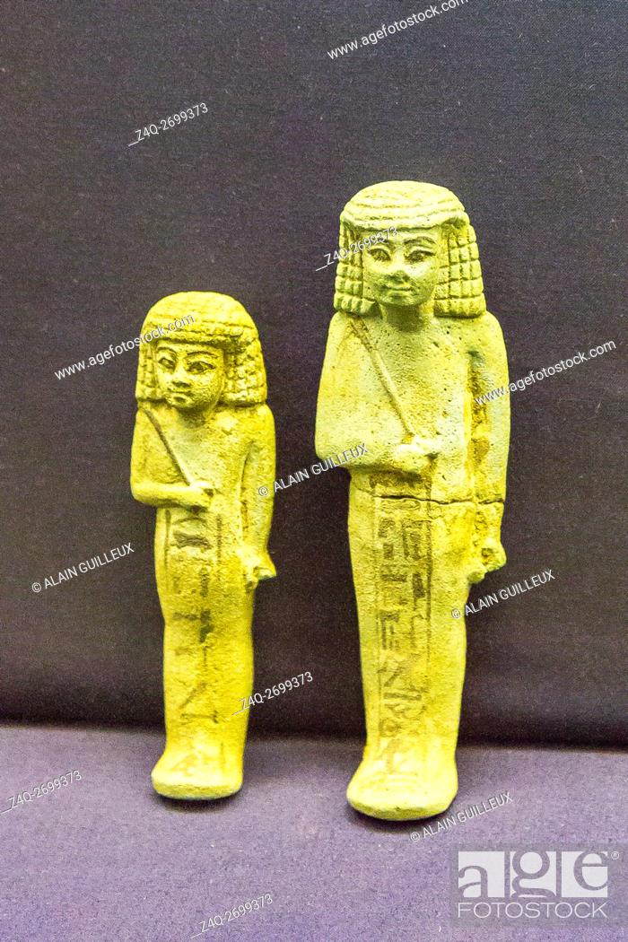 Stock Photo: Egypt, Cairo, Egyptian Museum, funeral material found in the royal necropolis of Tanis : Ushabtis of prince Hornakht.