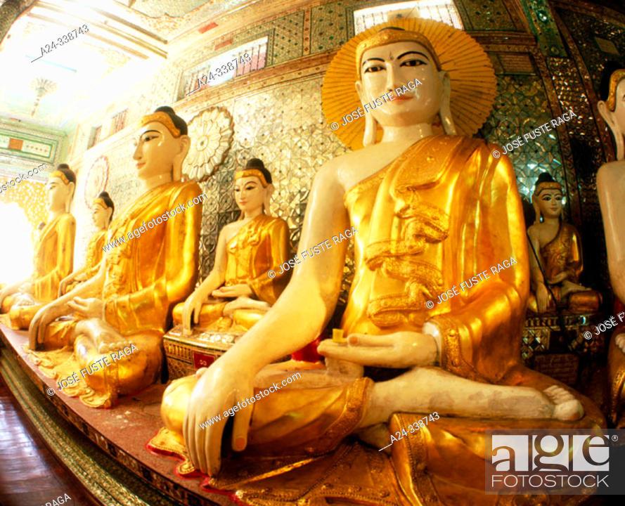 Stock Photo: Shwedagon pagoda. Yangoon. Myanmar.