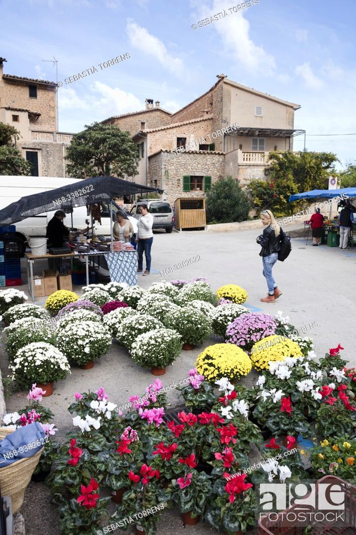 Stock Photo: Deia market, Majorca, Spain.