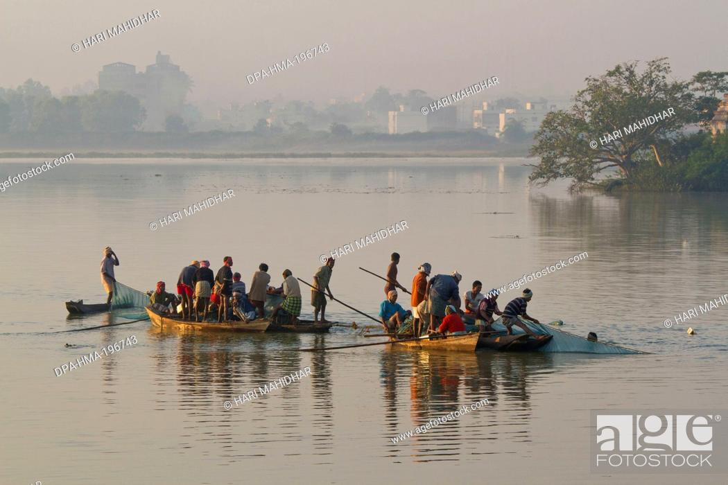 Stock Photo: Boat dalpat sagar lake, jagdalpur, chhattisgarh, india, asia.