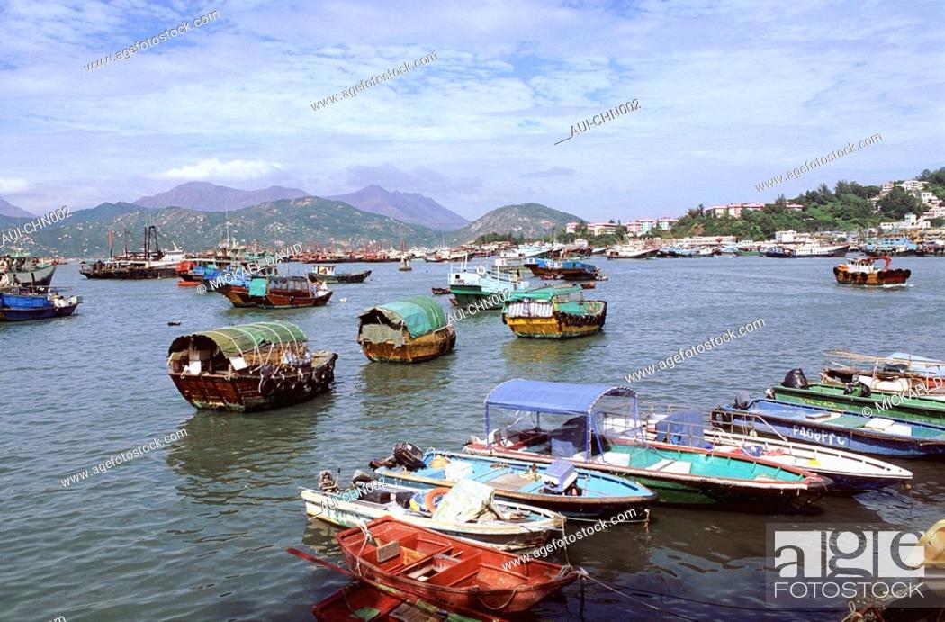 Stock Photo: China - Yunnan - Lijiang - Black Dragon Pool.