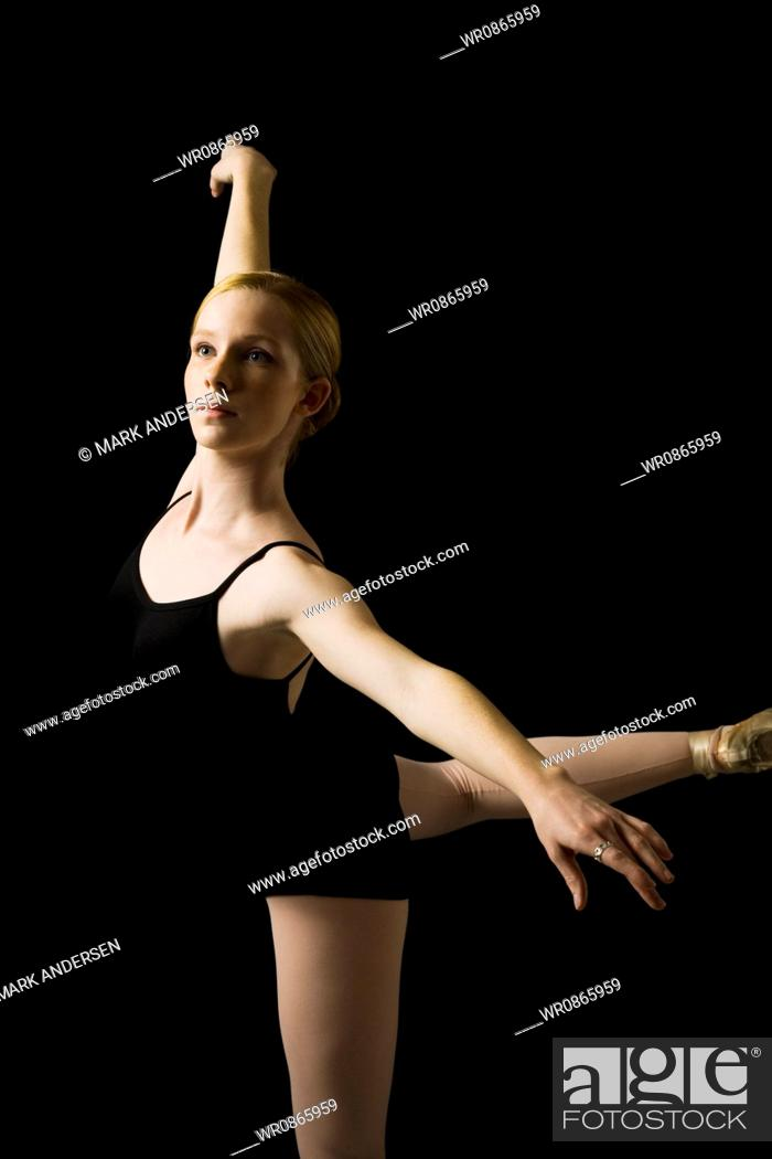 5e3782319 Teenage ballerina in leotard