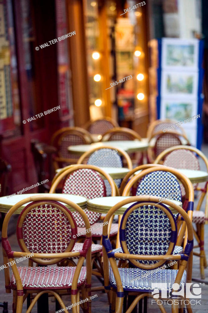 Stock Photo: Cafe Tables. Place du Tertre. Montmartre. Paris. France.