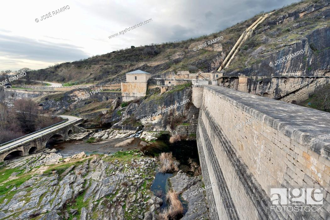 Stock Photo: Dam of Ponton de la Oliva reservoir in Patones. Madrid. Spain. Europe.