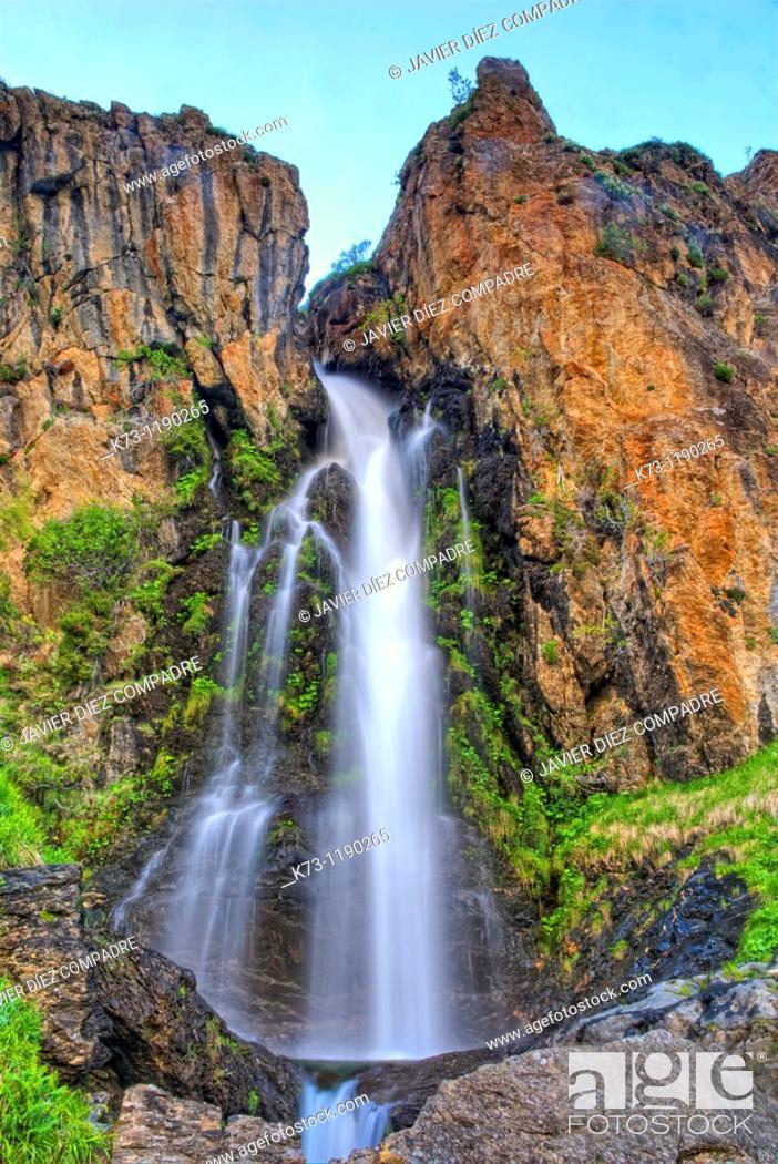 Stock Photo: Waterfall  Mazobre Valley  Fuentes Carrionas y Fuente Cobre-Montaña Palentina Natural Park. Palencia province, Castilla y Leon, Spain.