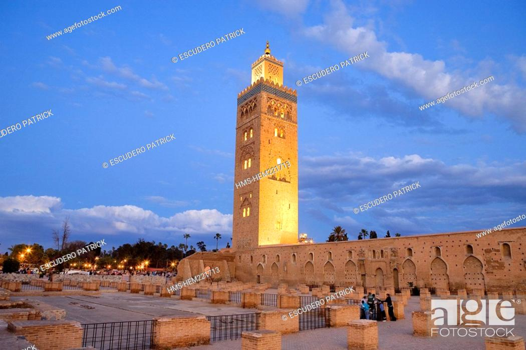 Stock Photo: Morocco, Marrakesh, imperial city, medina listed as World Heritage by UNESCO, minaret and Koutoubia Mosque.