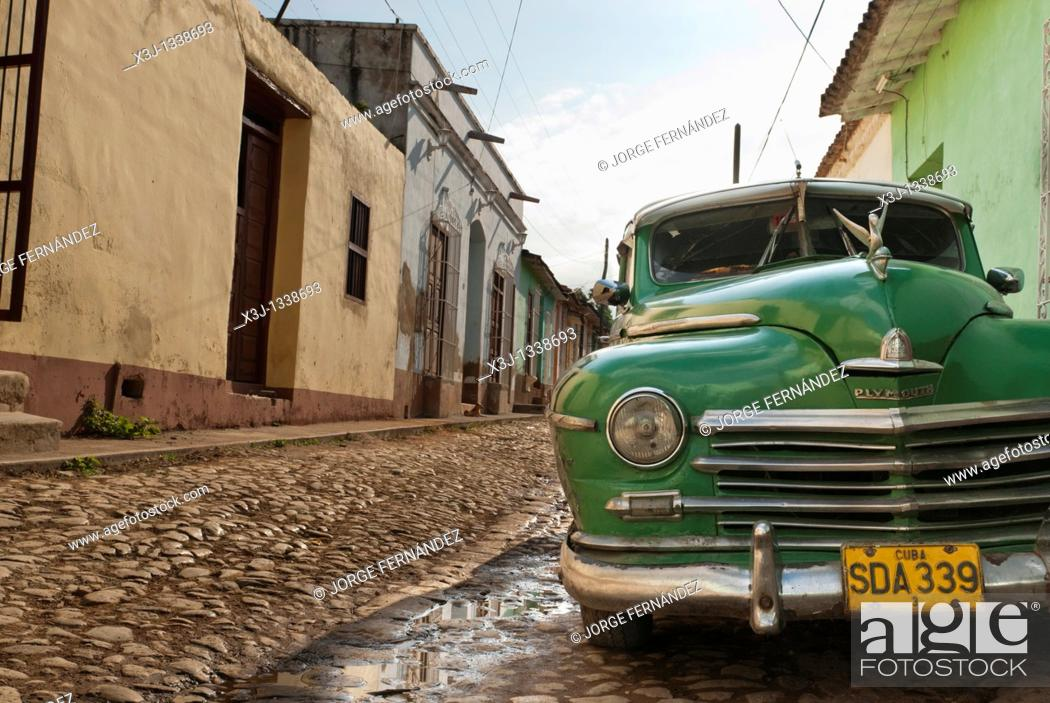 Stock Photo: Old car on the streets of Trinidad, Sancti Spiritus, Cuba.