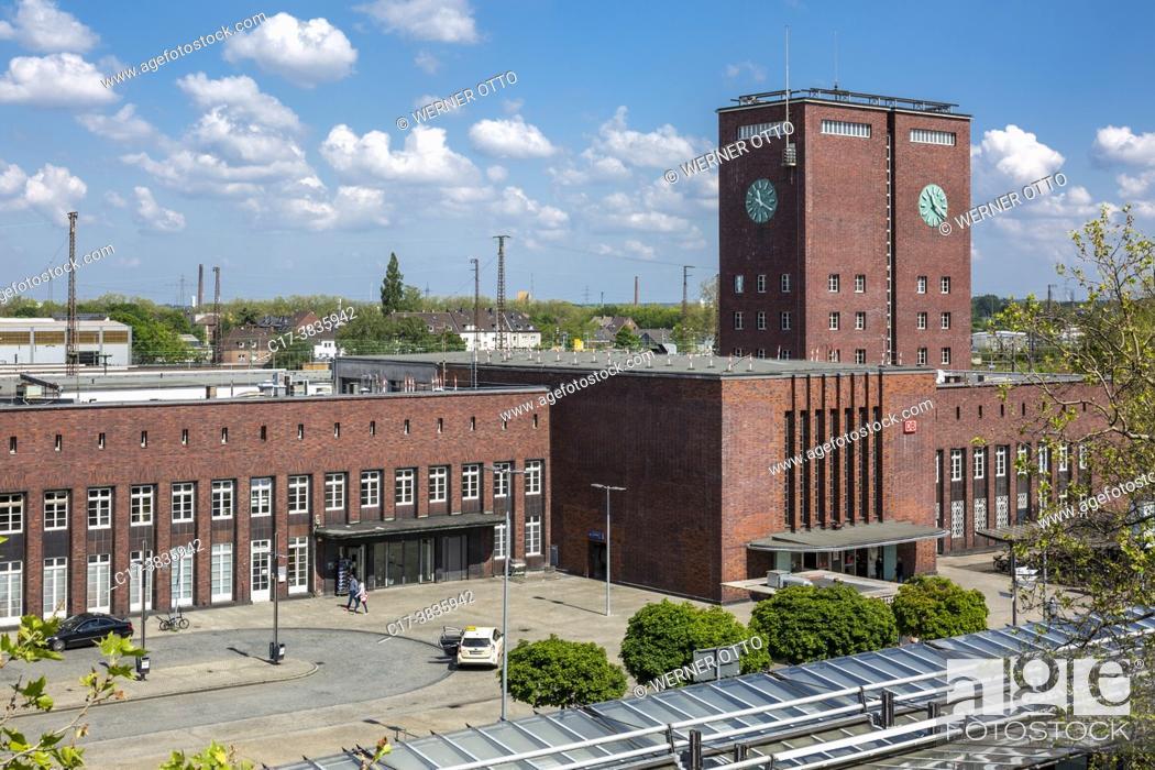 Stock Photo: Oberhausen, Alt-Oberhausen, Germany, Oberhausen, Alt-Oberhausen, Ruhr area, Lower Rhine, Rhineland, North Rhine-Westphalia, NRW.