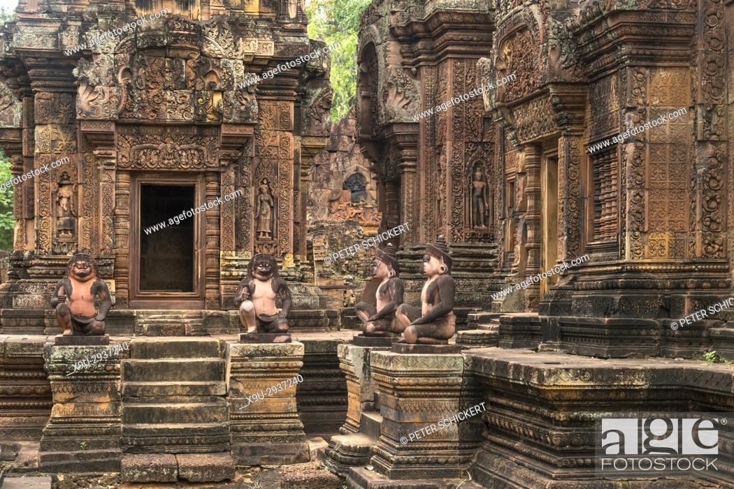 Stock Photo: hinduistische Tempelruine Banteay Srei, Angkor Region, Kambodscha, Asien | hindu temple ruin Banteay Srei, Angkor region, Cambodia, Asia.