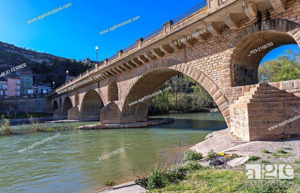 Stock Photo: Bridge in Balaguer. LLeida. Spain.