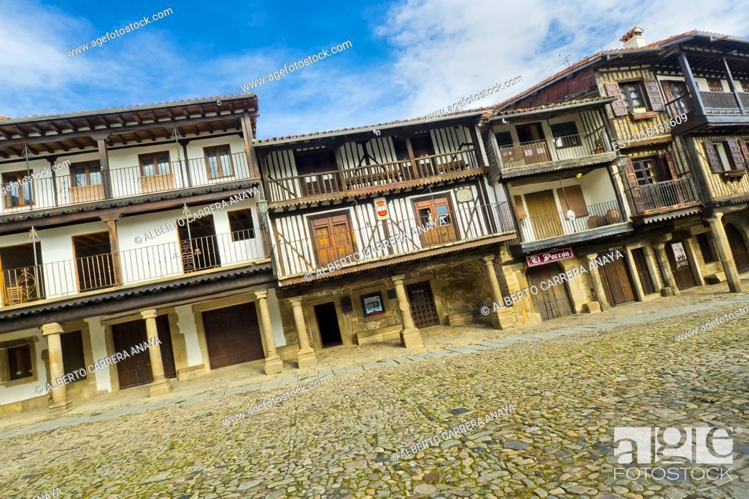 Imagen: Main Square, Traditional Architecture, Medieval Town, Historic Artistic Grouping, Spanish Property of Cultural Interest, La Alberca, Salamanca, Castilla y León.