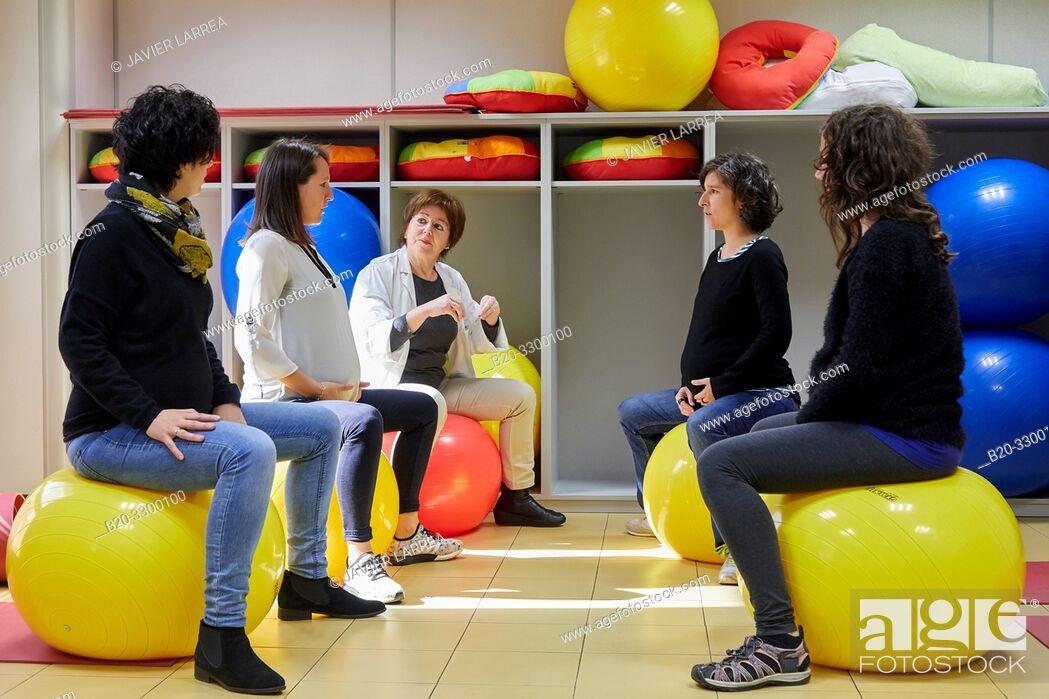Stock Photo: Matron with pregnant women, Antiguo Health Center, Donostia, San Sebastian, Gipuzkoa, Basque Country, Spain.