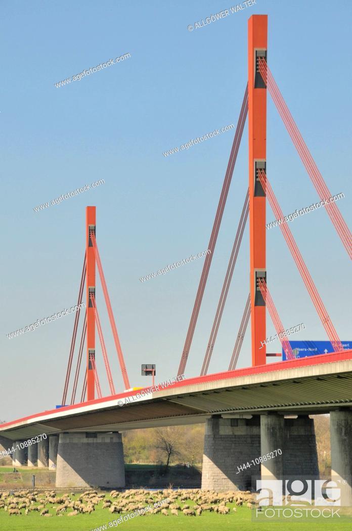 Stock Photo: Rheinbrücke der Autobahn A42, Emscherschnellweg zwischen Duisburg und Moers, Nordrhein-Westfalen, Deutschland, Europa.
