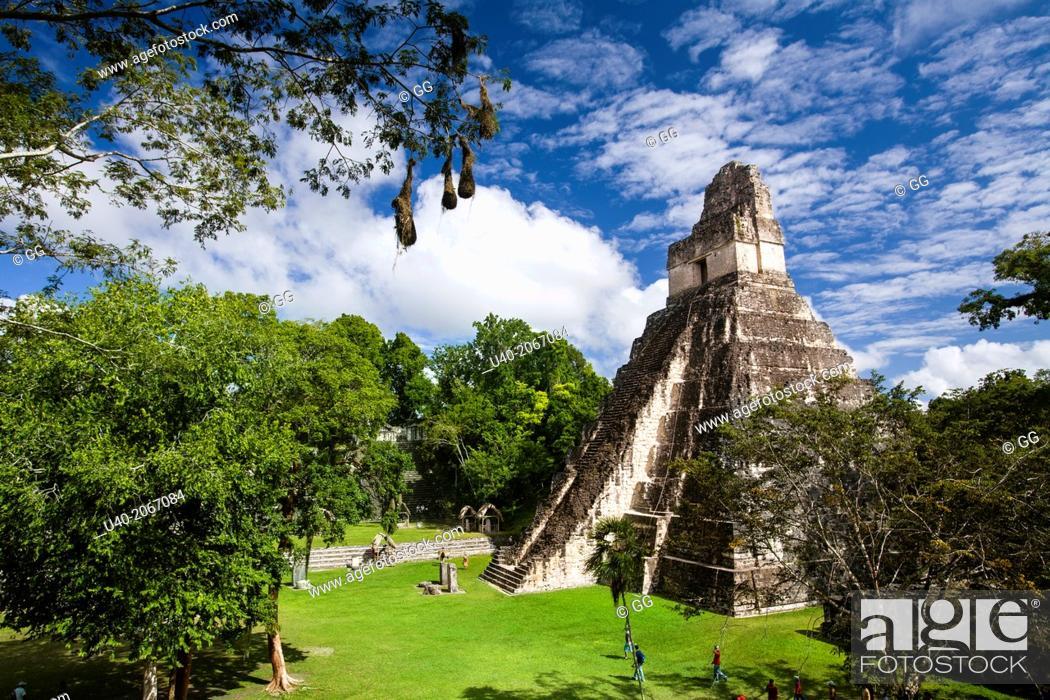 Stock Photo: Guatemala, Tikal, Templo 1, Gran Jaguar.