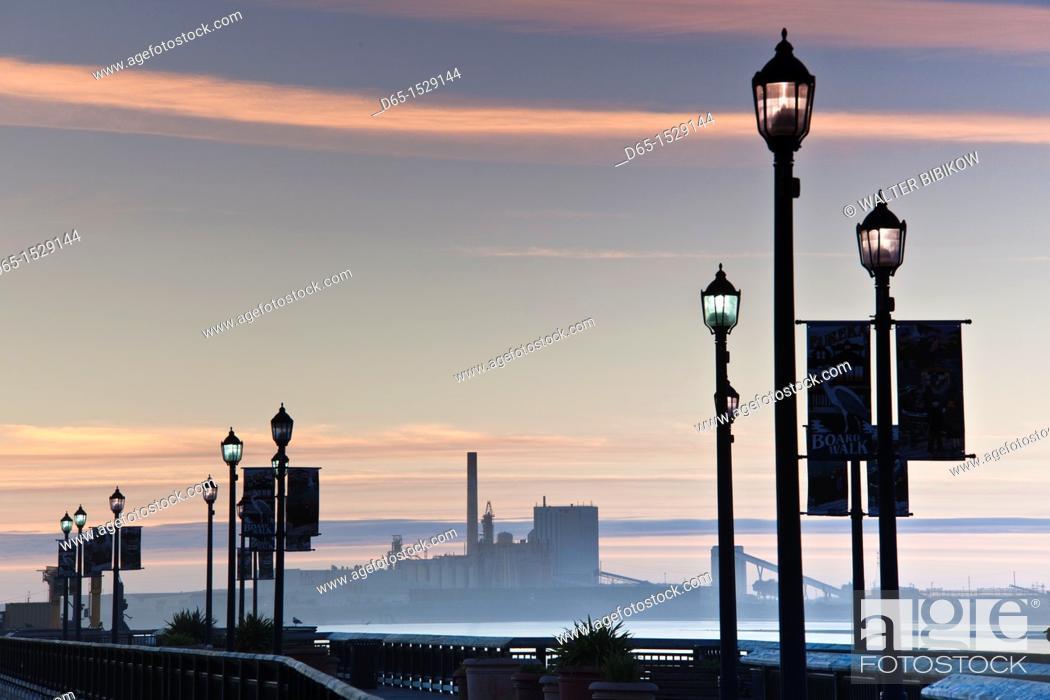 Stock Photo: USA, California, Northern California, North Coast, Eureka, dusk view of Humbolt Bay from Eureka Boardwalk.