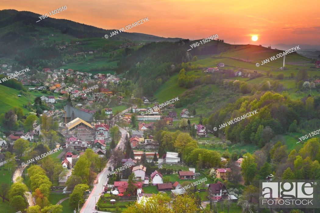 Stock Photo: View from Rytro Castle, Beskid Sadecki, Poland, Europe.