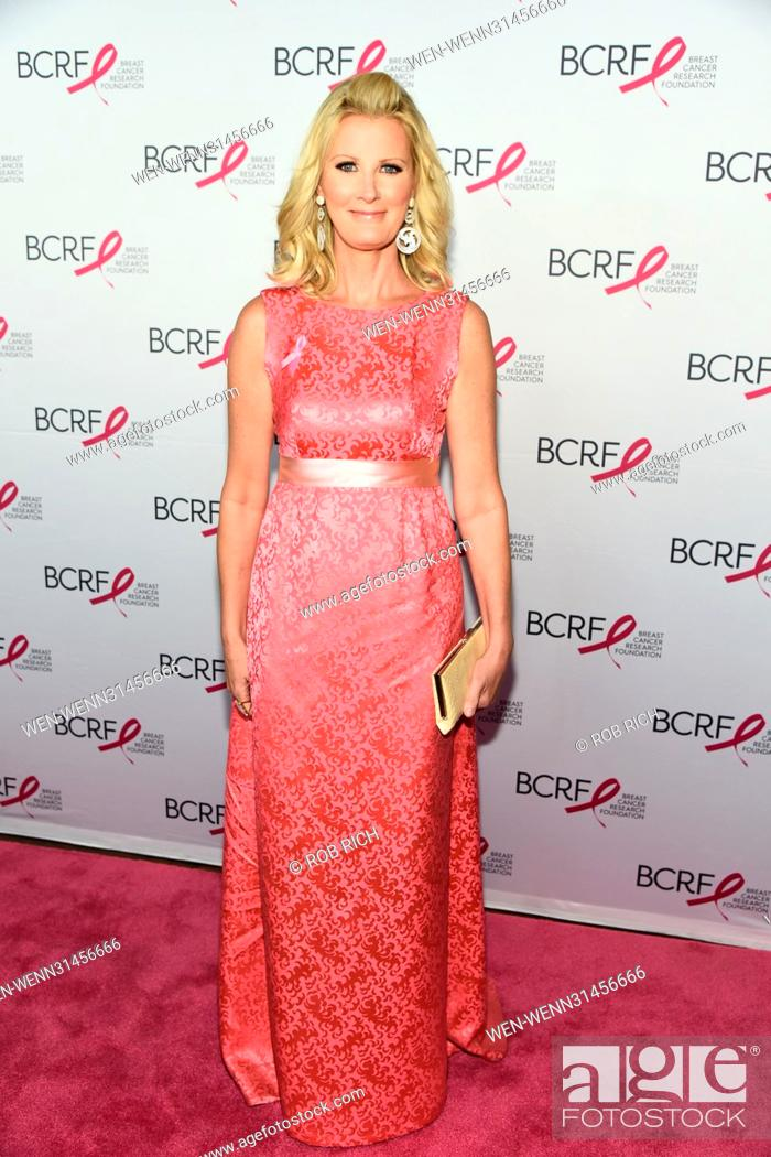 Stock Photo: Breast Cancer Research Foundation Hot Pink Party Super Nova in NYC Featuring: Sandra Lee Where: Manhattan, New York, United States When: 12 May 2017 Credit: Rob.