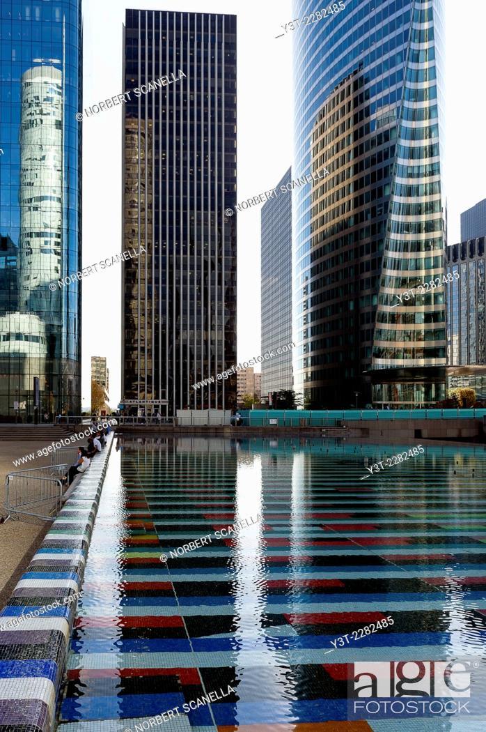 Stock Photo: Europe. France. Ile de France, Paris. La Defense. Towers.