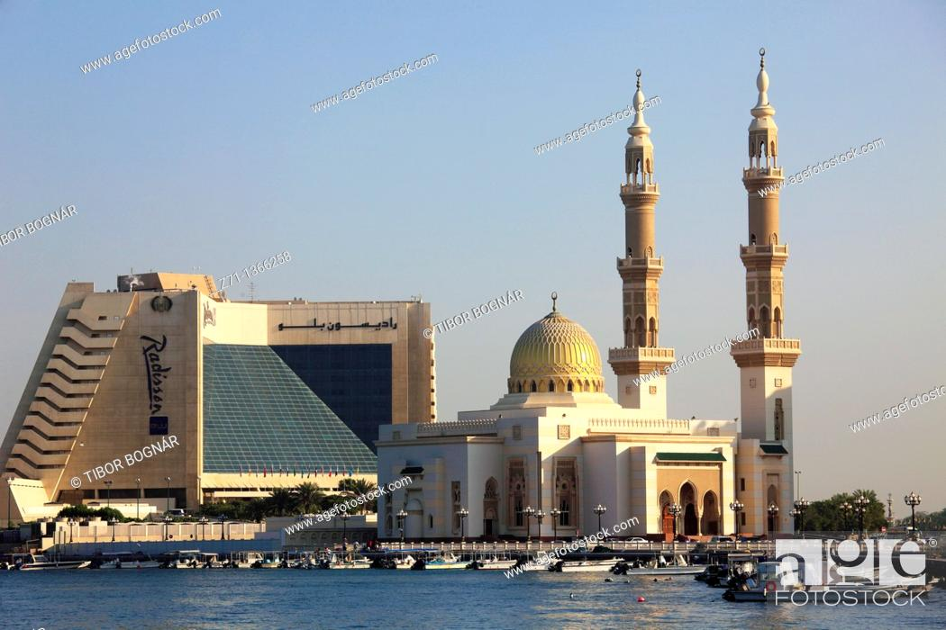 Stock Photo: United Arab Emirates, Sharjah, Creek, Mosque, Radisson Hotel,.