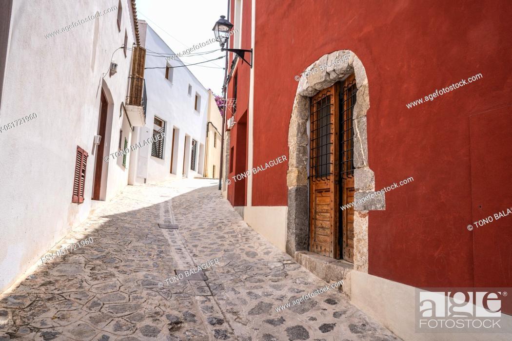 Photo de stock: Ibiza Eivissa downtown Dalt Vila facades in Balearic Islands.