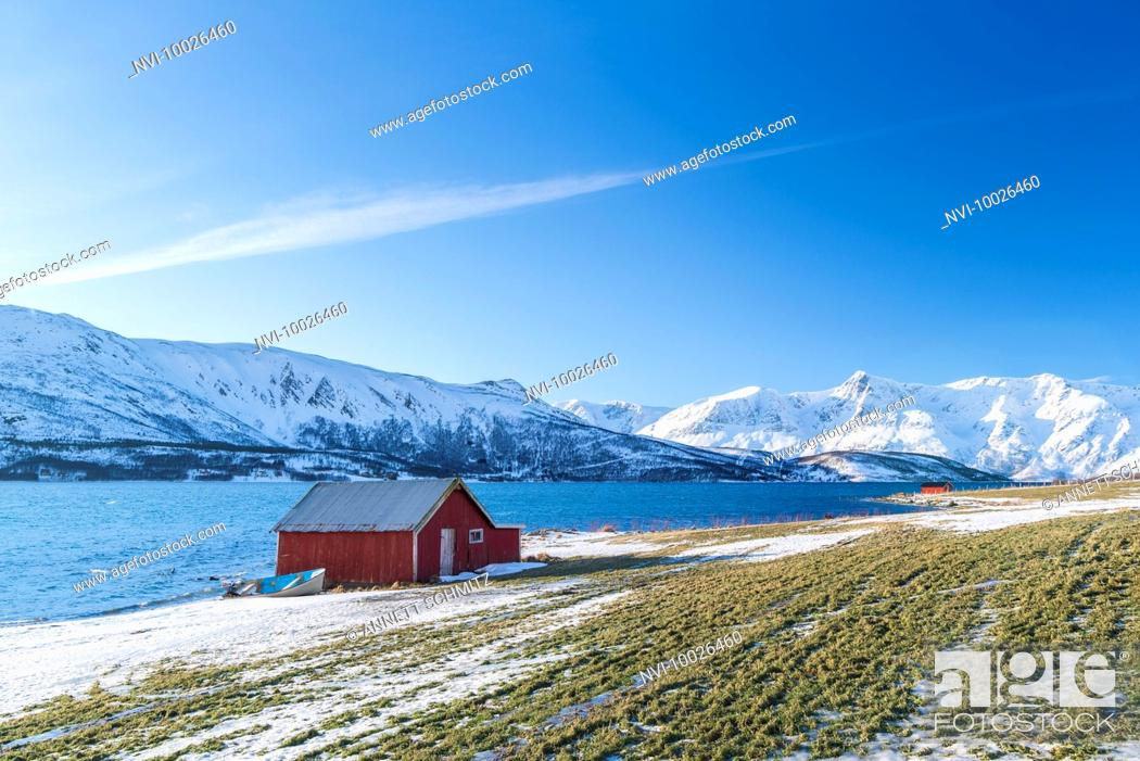 Stock Photo: The Peninsula Lyngen with Lyngen Alps, Northern Norway.