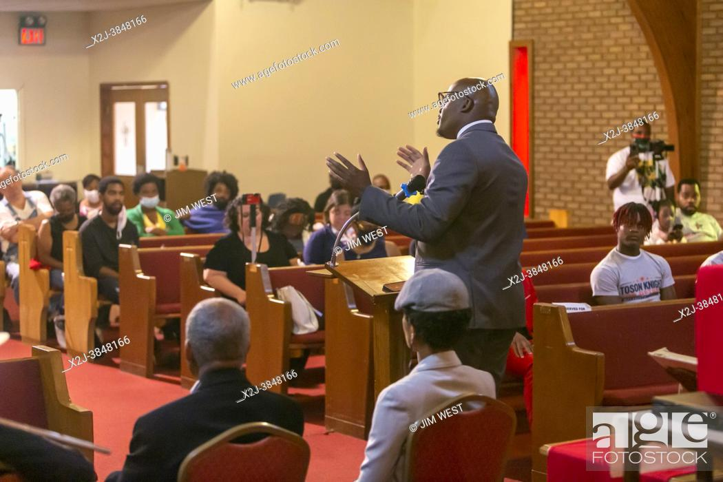 Stock Photo: Detroit, Michigan - Candidates for the District 4 seat on Detroit City Council talk with voters during a candidates forum at Jordan Missionary Baptist Church.