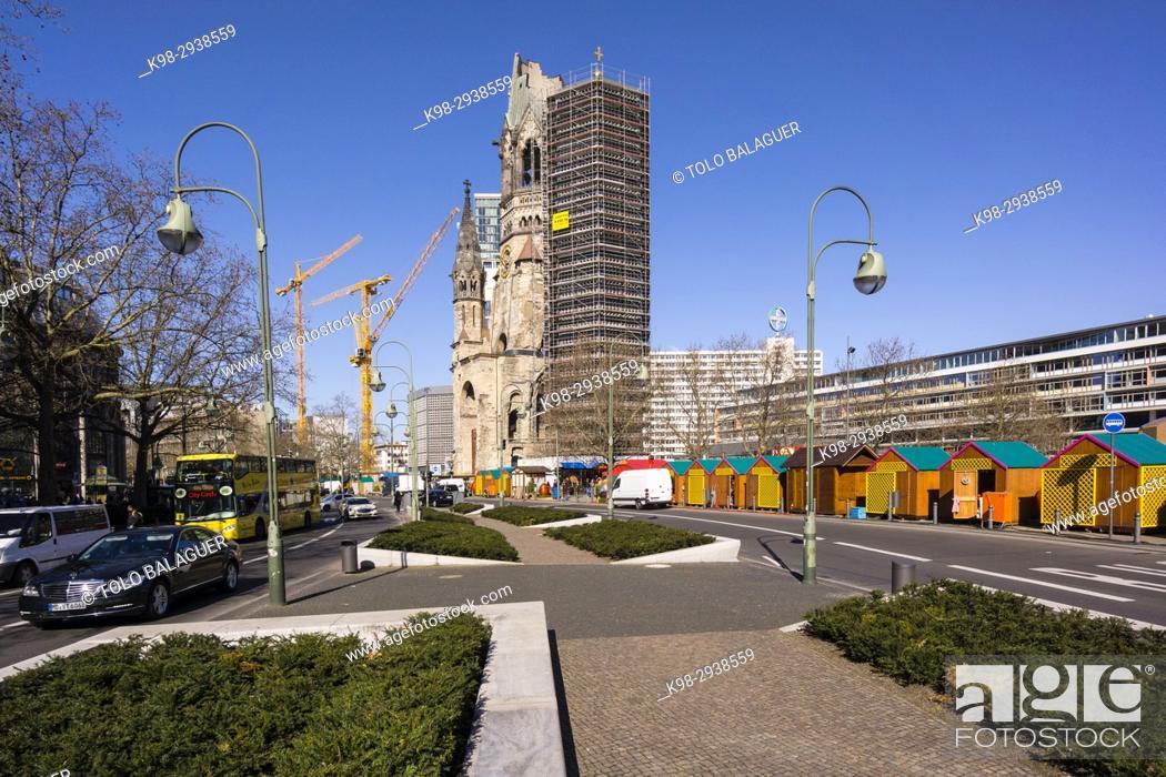 Stock Photo: iglesia evangélica luterana Kaiser-Wilhelm-Gedächtniskirche, Kurfürstendamm ,Charlottenburgo, Berlin, Alemania, europe.