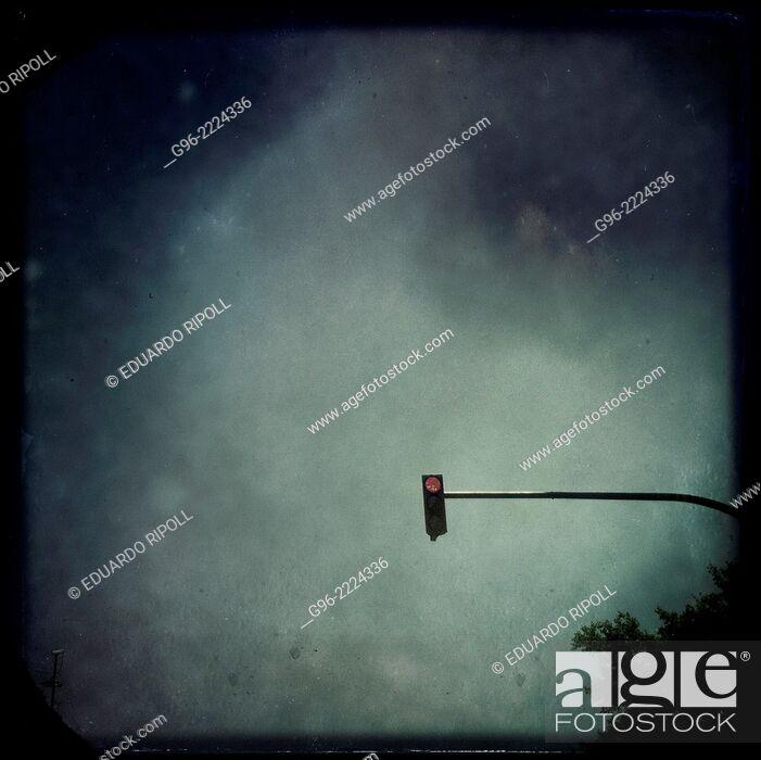 Stock Photo: traffic light, smart phone shot.
