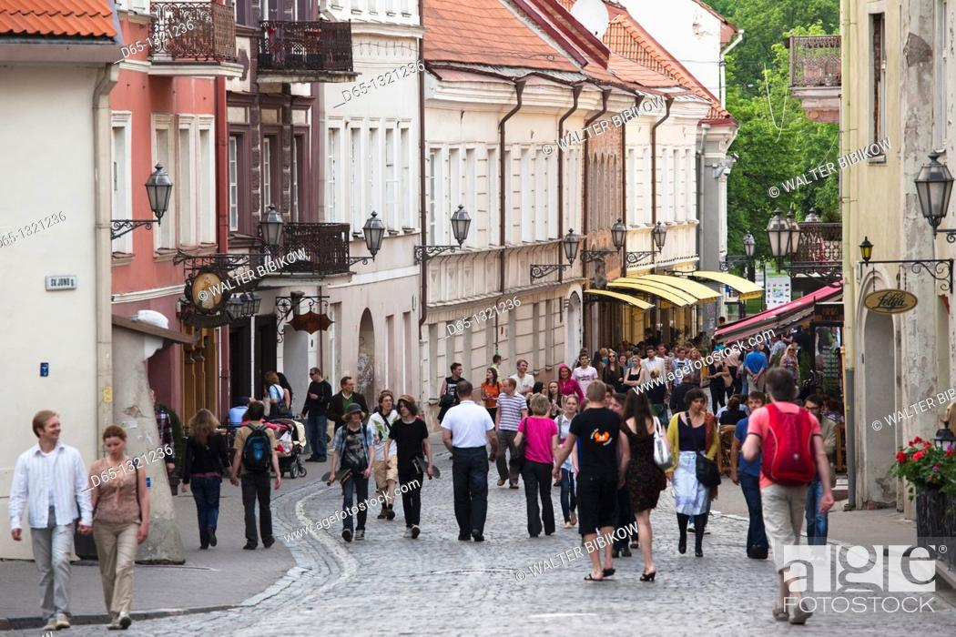 Stock Photo: Lithuania, Vilnius, Old Town, Pilies Street, pedestrians, NR.
