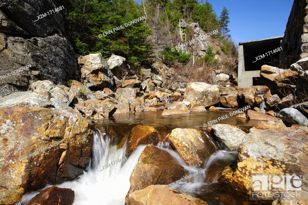 Crawford Notch State Park - Saco River in the White