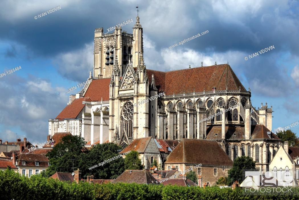 Stock Photo: Auxerre Cathedral Saint-Etienne, Auxerre, Yonne department, Burgundy, France.