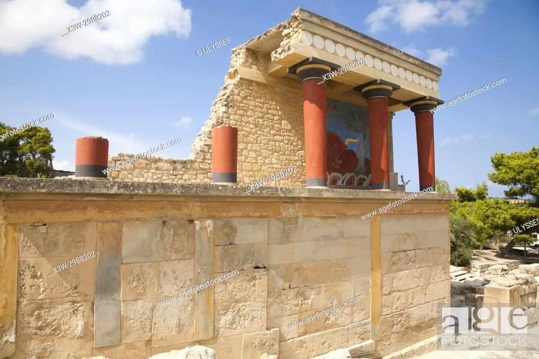 Stock Photo: North entrance, north pillar hall, Knossos palace archaeological site, Crete island, Greece, Europe.