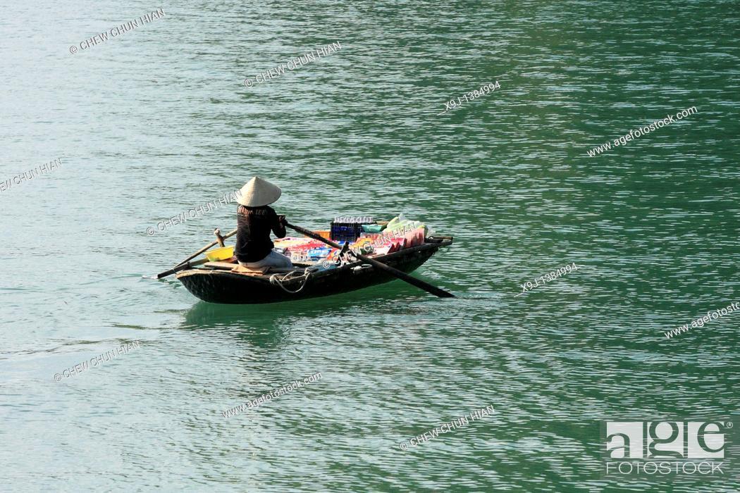 Stock Photo: Halong, Bucht, Hanoi, Nordvietnam, Vietnam, Asien.