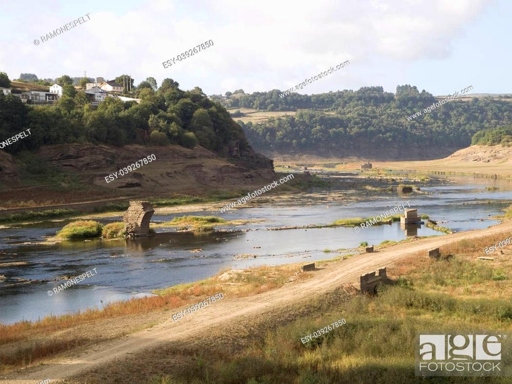 Stock Photo: Empty reservoir. This reservoir is called Belesar and it is located in Lugo.