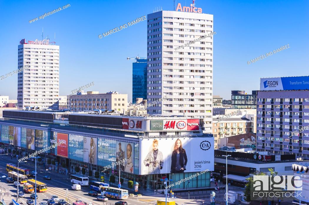 Imagen: Shopping center in Marszalkowska avenue. Warsaw downtown. Warsaw, Poland, Europe.