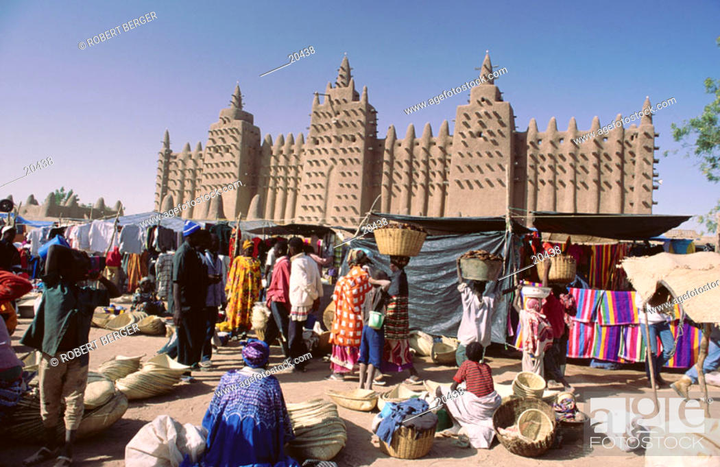 Stock Photo: Grand mosque and marketplace Djenne, Mali, West Africa.