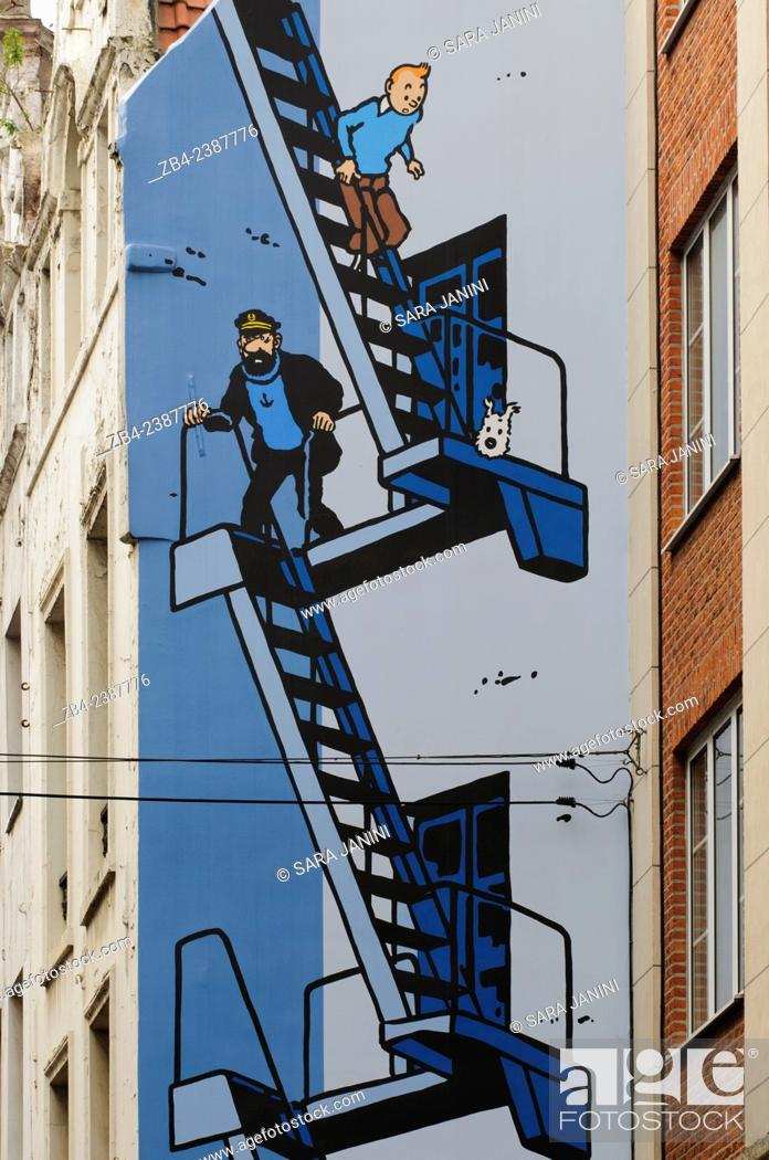 Stock Photo: Painted wall, Tintin comic by Hergé, Mural, Marolles district, Brussels, Belgium, Europe.