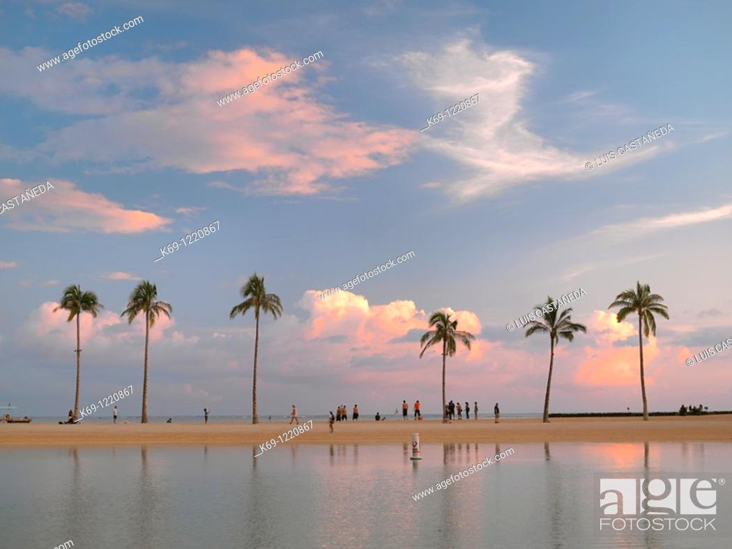 Stock Photo: Waikiki Beach Sunset  Honolulu  Oahu  Hawaii  USA.