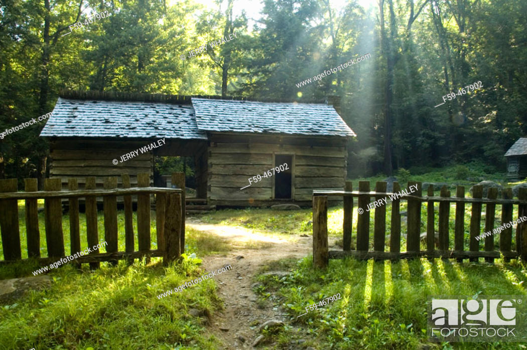 Stock Photo: Ephraim Bales Place, Great Smoky Mtns NP, Tennessee , USA.