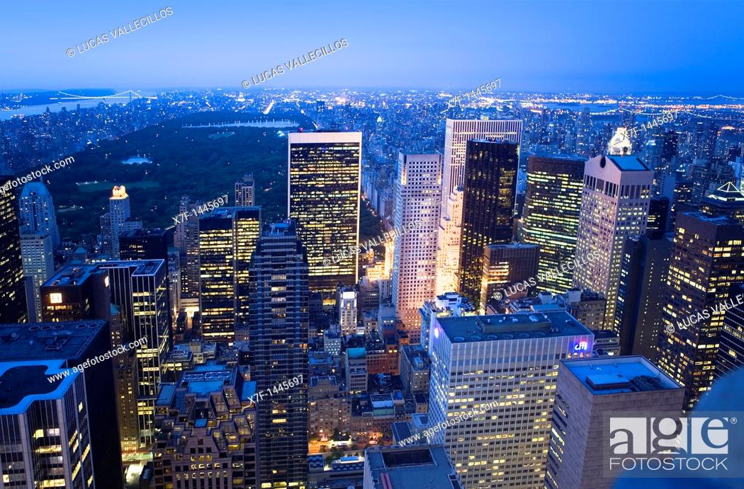Stock Photo: View of Central Park and North Manhattan from Top of the Rockefeller Center, New York City, USA.