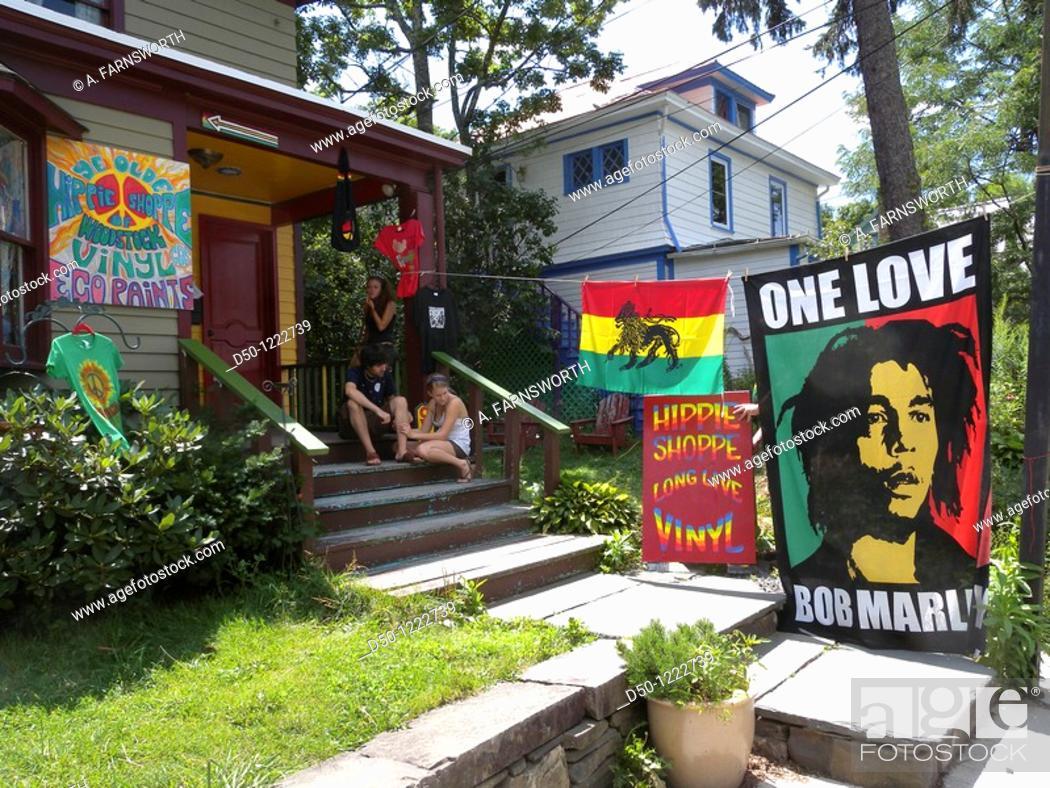 Stock Photo: Head shop or hippie shop, Woodstock, New York, USA.