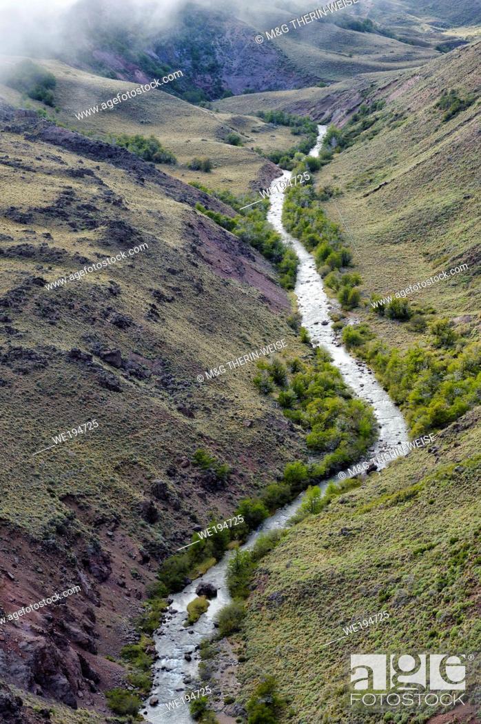 Stock Photo: Arid landscape, Coyhaique Alto, Aysen Region, Patagonia, Chile.
