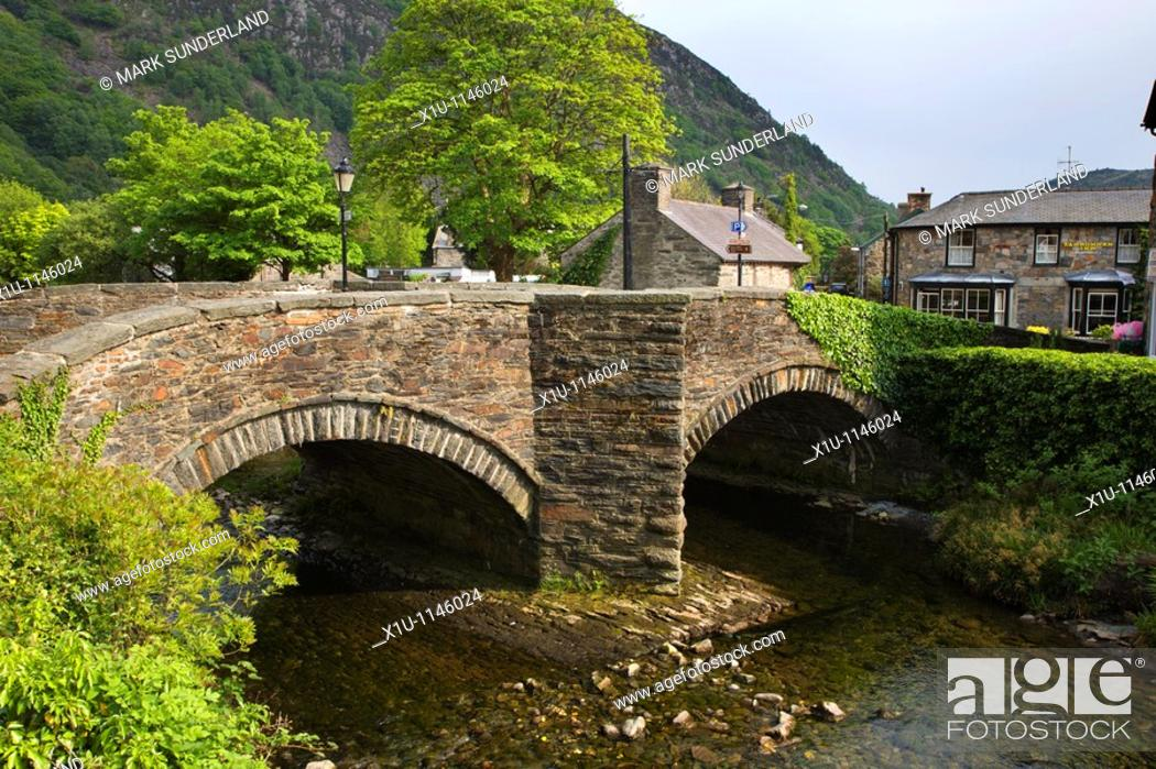 Stock Photo: Bridge over the River Colwyn Beddgelert Snowdonia Wales.